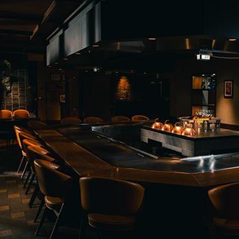 鉄板焼き ステーキハウス ミディアムレア 公式 ウィズザスタイルフクオカ